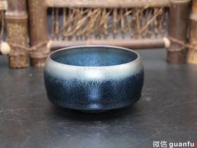 作者:翁书杰老师 作品:蓝麒麟 茶与盏 口径:8.6cm*5cm
