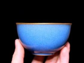作者:葛昊翔老师作品:蓝宝石 金杯 口径:8cm*4.3cm