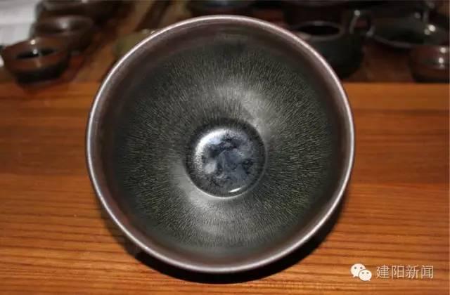 暨国军:独辟蹊径