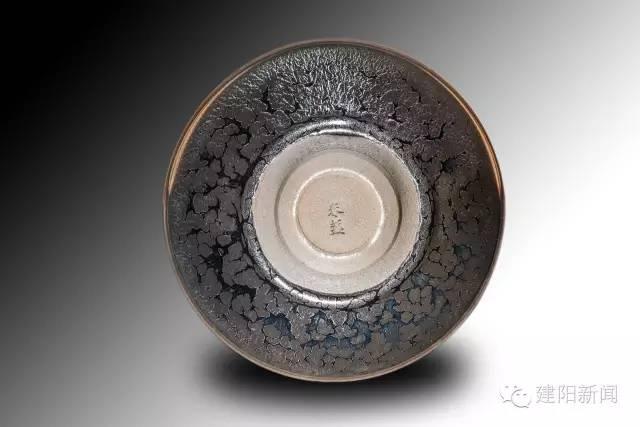 谢松青:以匠人之心,打造黑瓷之美