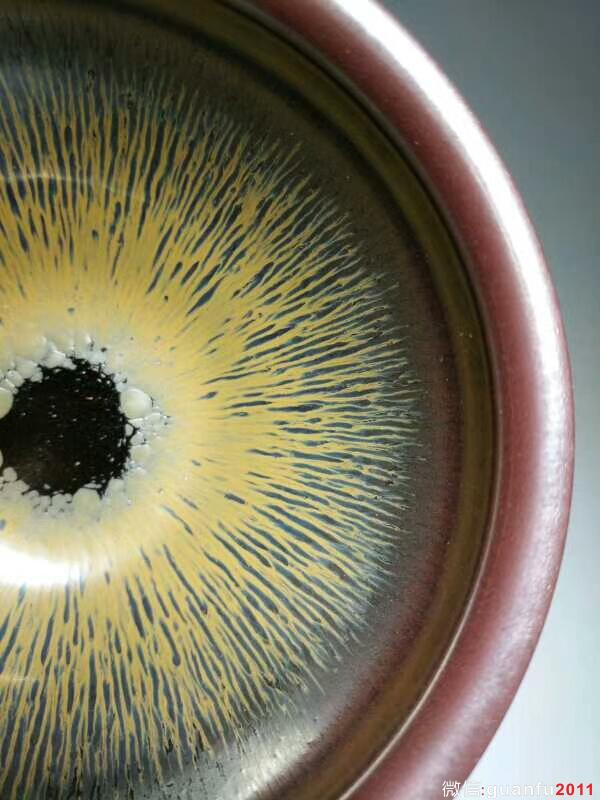 叶礼忠紫气东来:口9.3高5
