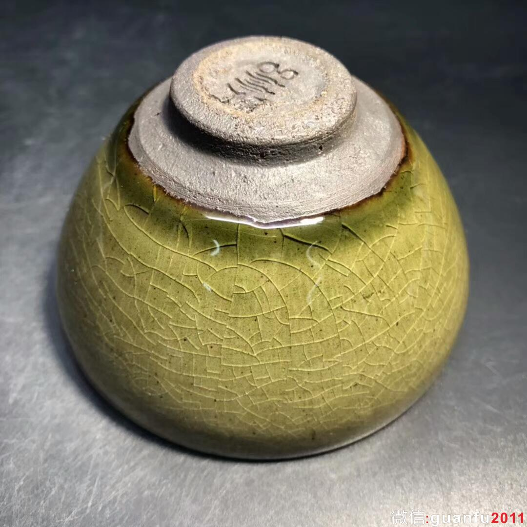 吕竹兴师傅 茶沫釉冰裂纹:口径8.6*5.1