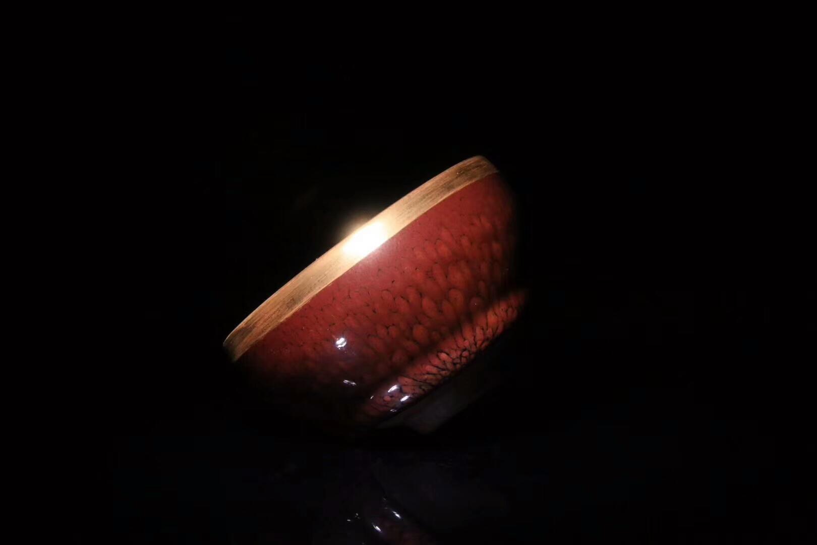 省级高级工艺大师 闽江美术学院副教授作者:陈其富作品:红鹧鸪 金边尺寸:9 x 5.4