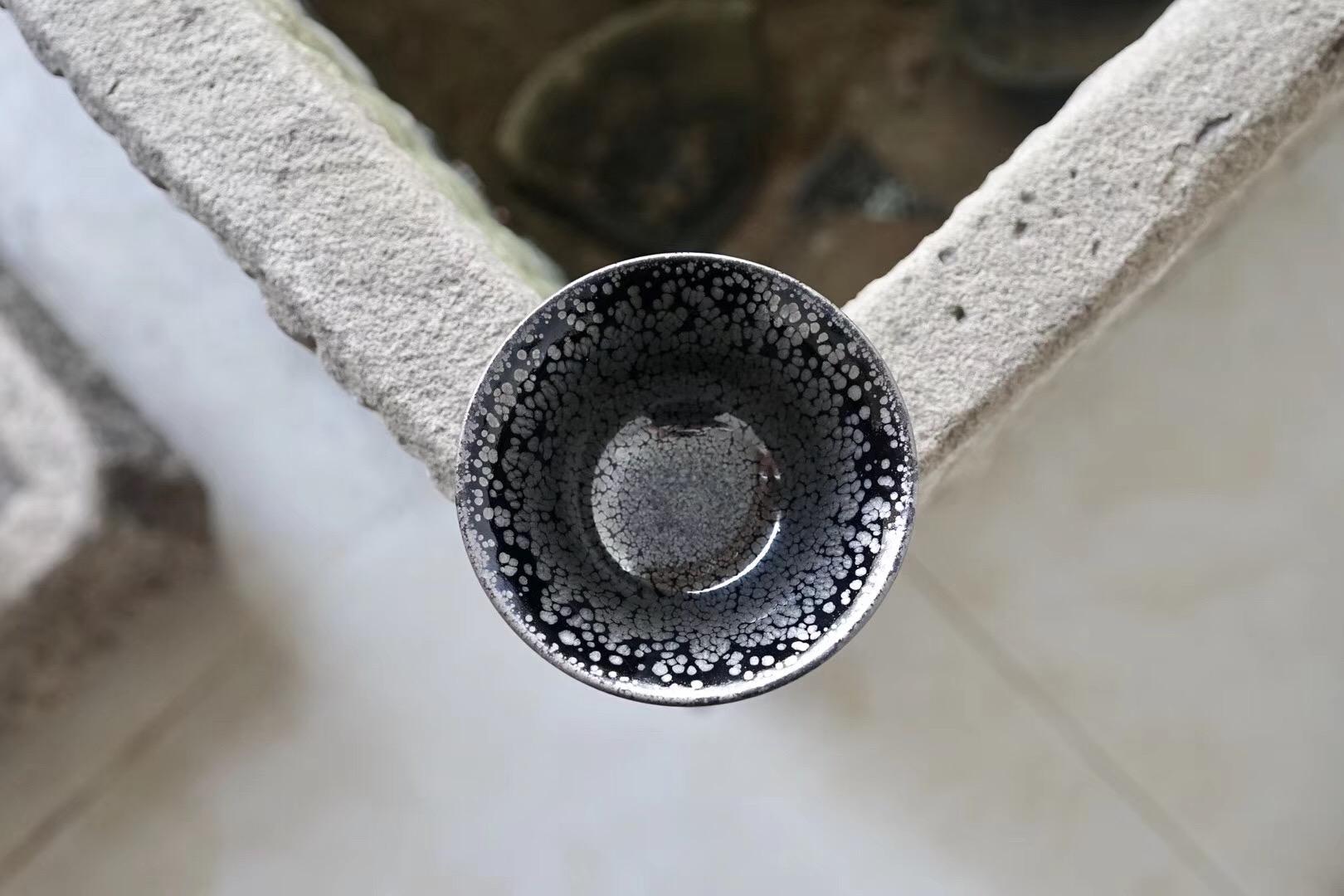【秋露】金属鹧鸪斑   盏型:将军肚   口径:10.3cm   作者:邱志伟