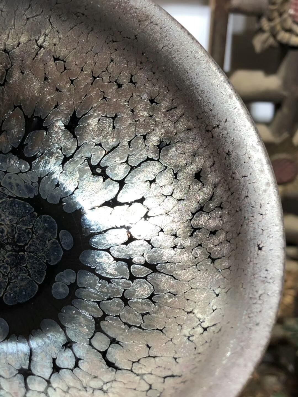 小李达  李昌海老师  鹧鸪斑带着时尚元素 外黑釉油滴 盏中之贵族,香炉器型 囗径:9.3高:5.5